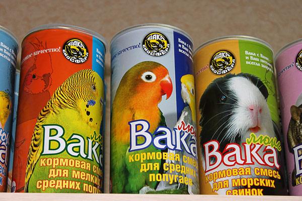5.Корм Вака для крупных попугаев